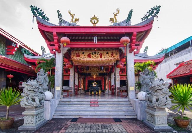 Храм Jui Tui.