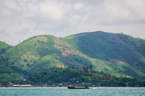 Пограничное сообщение между Бирмой и Таиландом (Немного о том как выглядит визаран.)