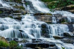 Mae Ya Doi Inthanon Waterfall (Водопад Мае Я (Mae Ya), Doi Inthanon, Chiang Mai )