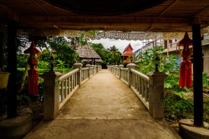 More Bridge In Wat Jetlin (Wat Jetlin, Чианг Май, Таиланд.)