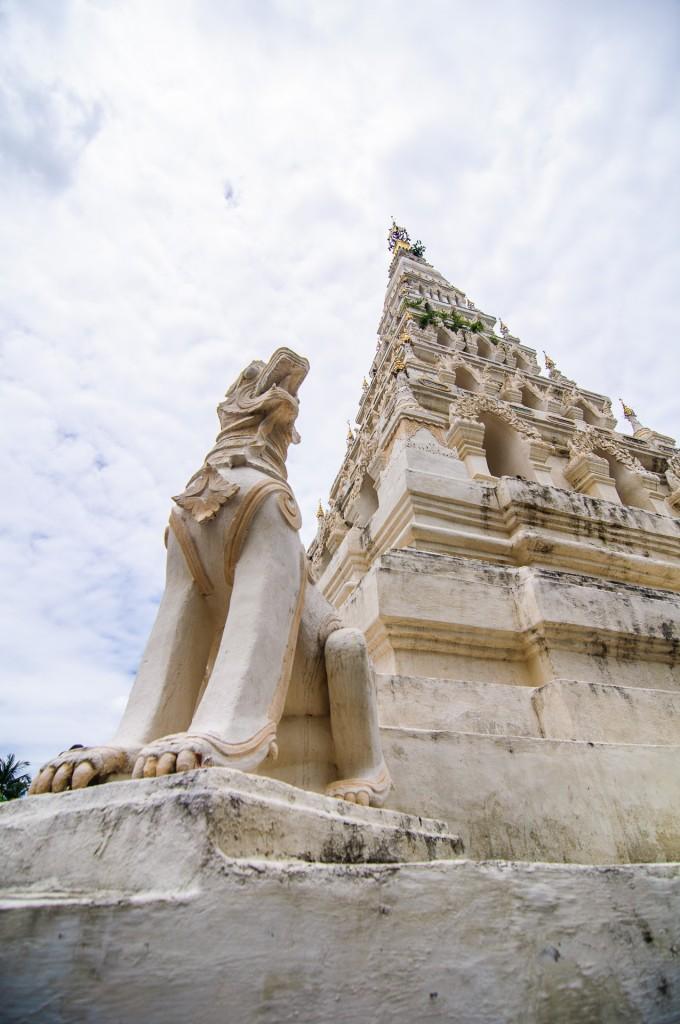 Чеди храма Wat Chedi Liam (Wat Chedi Liam (Wat Ku Kham))