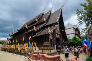 Деревянный вихан Wat Phan Tao
