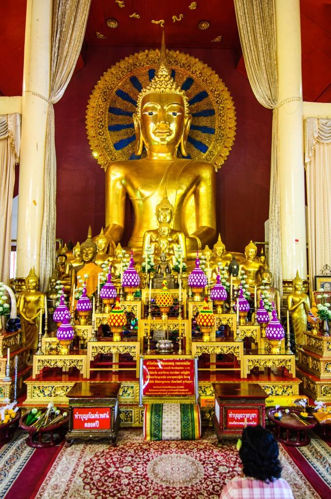 Wat Prasingh Chiang Mai Buddha (Wat Prasingh, Чианг Май, Таиланд.)
