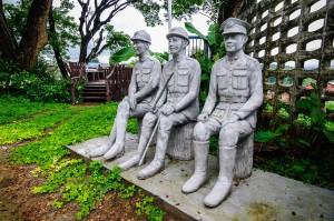 War Museum In Chiang Rai Therr Soldiers (Какой-то военный музей в Чианг Рае.)