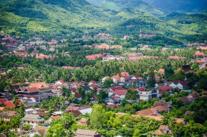 Luang Prabang Laos Teleview (Луангпхабанг, улицы и храмы.)
