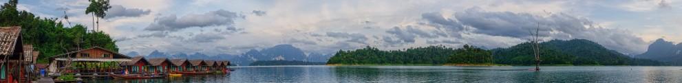 Панорама озера Чео Лан и плавучего отеля Keereewarin.