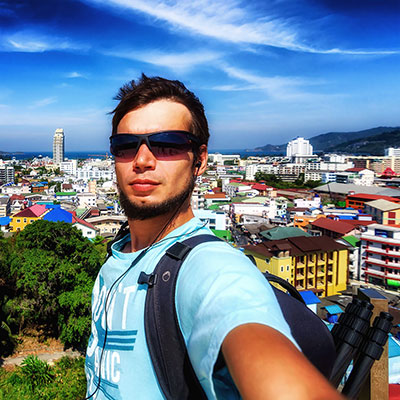 patong-selfie-square-w