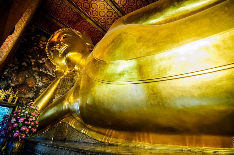 Лежащий будда в Wat Pho.