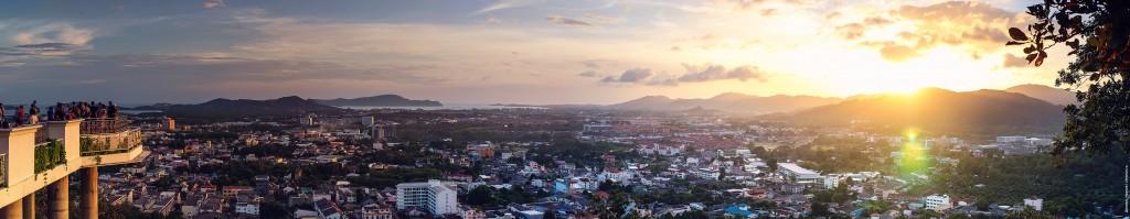 Вид со смотровой площадки KHao Rang Hill, Phuket town.