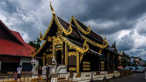 Храм  в Чианг Рае.