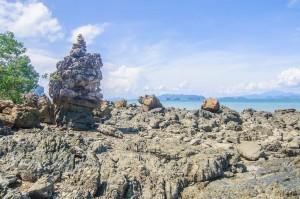 Скалы пляжа Haad Yao (Остров Ко Яо Ной)