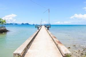 Пирс Tha Khao соственной персоной (Остров Ко Яо Ной)