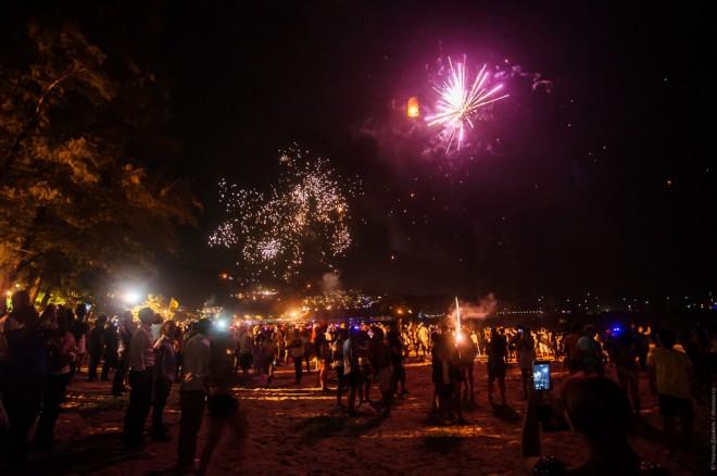 Новый год на пляже Патонг. Фото.