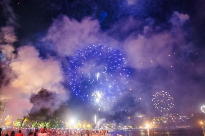 Встреча нового года на пляже Патонг.