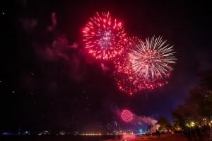 Фото феерверков на Патонге (Как встречали новый год на Патонге)